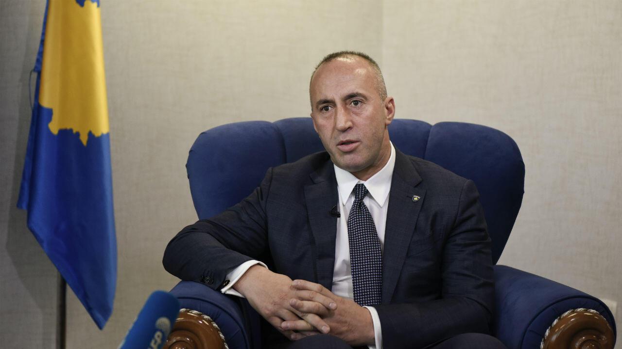 Suspecté de crimes de guerre, le Premier ministre du Kosovo, Ramush Haradinaj, a démissionné le 19juillet2019.
