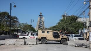 Des rues barricadées à Port-au-Prince, le 10 février 2021.