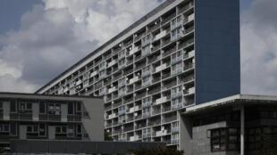 L'immeuble Balzac, à la Cité des 4000 à la Courneuve (Seine-Saint-Denis), en banlieue parisienne.