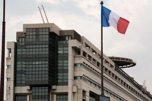 L'Agence France Trésor, qui dépend du ministère de l'Économie, est chargée de gérer la dette française.