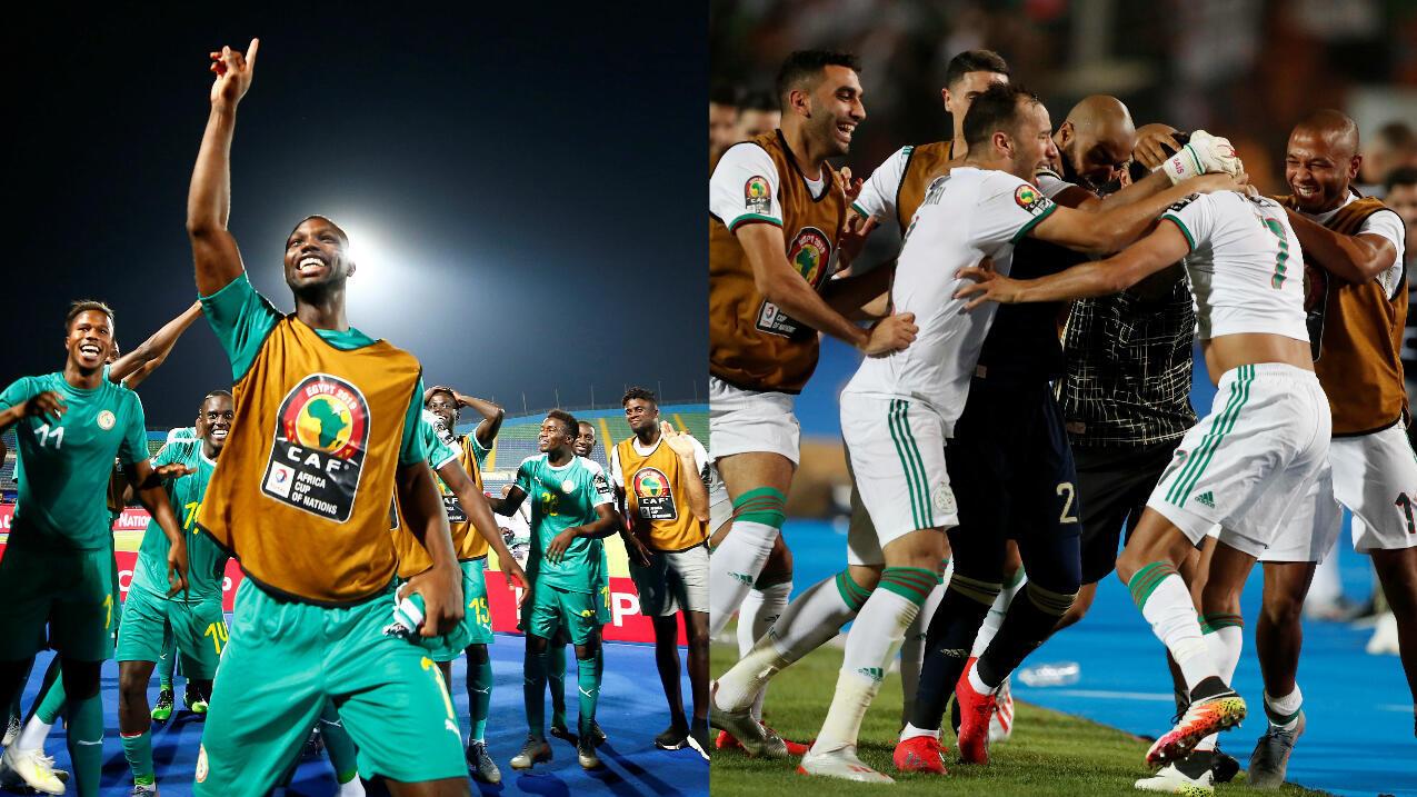 Los jugadores de Senegal y Argelia celebran durante las semifinales de la Copa Africana de Naciones en Egipto, el 14 de julio de 2019.