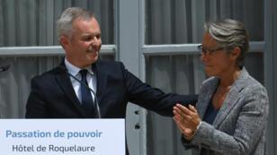 La cérémonie de passation entre François de Rugy et Élisabeth Borne au ministère de la Transition écologie, le 17 juillet 2019.