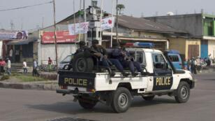 Selon la police congolaise, 39 de ses agents ont été tués vendredi 24 mars dans le Kasaï par des miliciens Kamwina Nsapu.