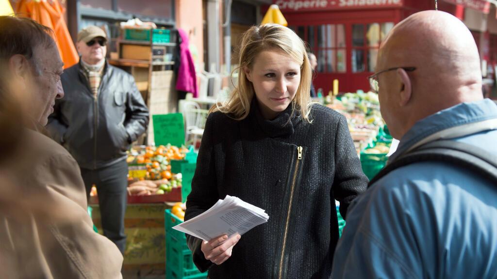 Marion Maréchal Le Pen lors de la campagne pour les départementales, en mars 2015 à Orange