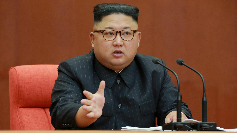 líder de Corea del Norte Kim Jong Un. Durante discurso del Comité Central del Partido de los Trabajadores de Corea realizado el 8 de octubre de 2017.