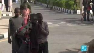 2020-12-18 14:01 Rapt d'élèves au Nigeria: les 344 garçons libérés reçus par les autorités locales