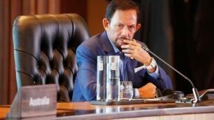 السلطان حسن البلقية في عاصمة بابوا غينيا الجديدة، في 18 نوفمبر/تشرين الثاني 2018.