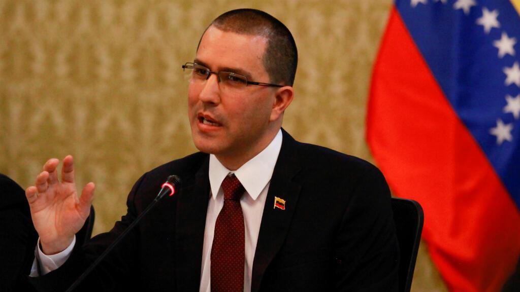 El canciller de Venezuela, Jorge Arreaza, emitió un comunicado en el que rechaza la presunta incursión de militares venezolanos en Colombia.
