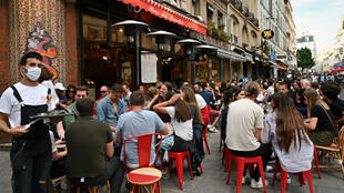 Paris-Cafe-Chauffage-m