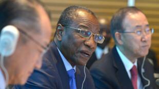 Le président guinéen Alpha Condé était venu demander l'aide internationale au président de la banque mondiale et au secrétaire général de l'ONU le 9 octobre à Washington.