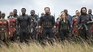 "Une partie des super-héros de ""Avengers : Infinity War"" : Danai Gurira, Chadwick Boseman, Chris Evans, Scarlett Johansson, Sebastian Stan"