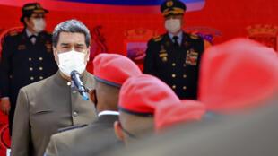 El presidente de Venezuela, Nicolás Maduro, en un discurso durante la ceremonia de promoción militar en el Museo del Cuartel de la Montaña, en Caracas, Venezuela, el 2 de julio de 2020.