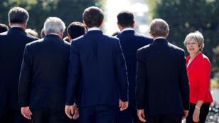 La primera ministra Theresa May asiste a la reunión informal de mandatarios en Salzburgo, Austria, el 20 de septiembre de 2018.