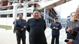 2020-05-03T031314Z_1659169224_RC2RGG93WDHF_RTRMADP_3_NORTH-KOREA-KIM