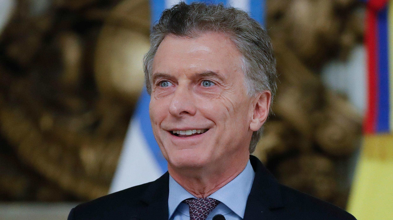 El presidente de Argentina, Mauricio Macri, habla durante una rueda de prensa este lunes 10 de junio, en la Casa Rosada de Buenos Aires (Argentina).