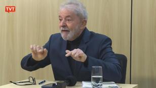 """Dios sabe que soy honesto, Moro sabe que soy honesto. Las caretas se van a caer y no sé lo que vaya a pasar, pero van a caer"""", prometió Lula."""