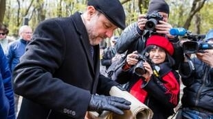 """Polish Chief Rabbi Michael Schudrich has said honouring a group of World War II ultra-nationalist underground fighters would be a """"personal insult"""""""