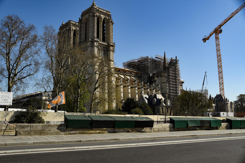 """Un 'temps de méditation"""" s'est tenu pour le Vendredi Saint à Notre-Dame de Paris"""