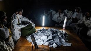 Vote counting in Mekele, the Tigray region's main city