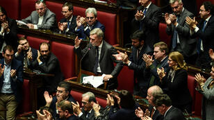 Le député du parti démocrate Graziano Delrio prend la parole lors d'une session au Parlement italien, le 25 décembre 2018.