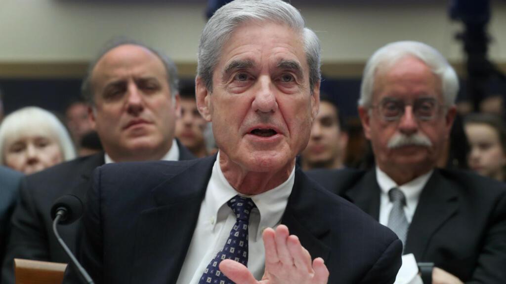 El exasesor especial Robert Mueller testifica ante una audiencia del Comité Judicial de la Cámara de Representantes sobre la investigación de la Oficina del Asesoramiento Especial sobre la Interferencia Rusa en las Elecciones Presidenciales de 2016 en Capitol Hill en Washington, EE. UU., 24 de julio de 2019.