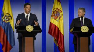 Le chef du gouvernement espagnol, Pedro Sanchez, en conférence de presse aux côtés du président colombien, Ivan Duque, le 30 août 2018.
