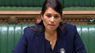 Capture d'écran de la ministre de l'Intérieur britannique Priti Patel à la Chambre des Communes le 8 juin 2020