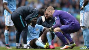 Blessé lors du match face à Stoke City, Yaya Touré ne sera pas aligné par Manchester City contre le Real