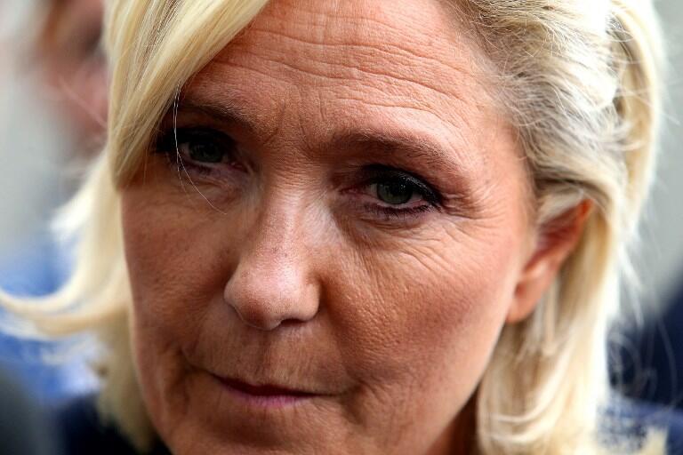 El 7 de septiembre de 2018, la jefe del partido de extrema derecha Rassemblement National (RN) Marine Le Pen visita la feria agrícola y comercial de Chalons-en-Champagne.