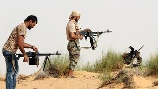"""مقاتلون من """"فجر ليبيا"""" في صبراتة"""