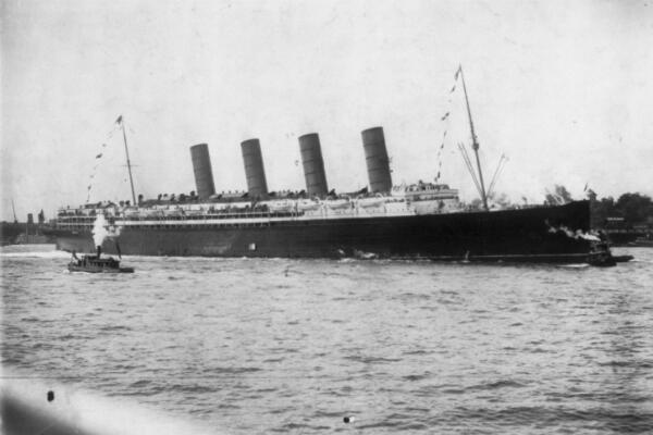 The Lusitania in New York during its maiden voyage in 1907.