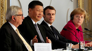 Jean-Claude Juncker, Xi Jinping, Emmanuel Macron y Angela Merkel, durante la conferencia de prensa conjunta en el Palacio del Elíseo en París, el 26 de marzo de 2019.