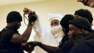 Hissène Habré, le 20 juillet 2015, lors de sa première comparution devant les Chambres africaines extraordinaires à Dakar.