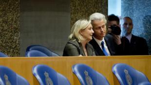 Marine Le Pen et Geert Wilders à La Haye, le 13 novembre.