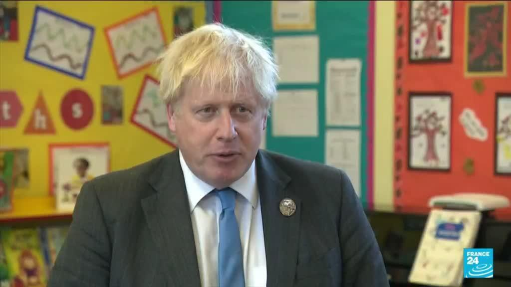 2021-10-22 09:38 UK PM says sticking with current plan for Covid-19 despite high case numbers
