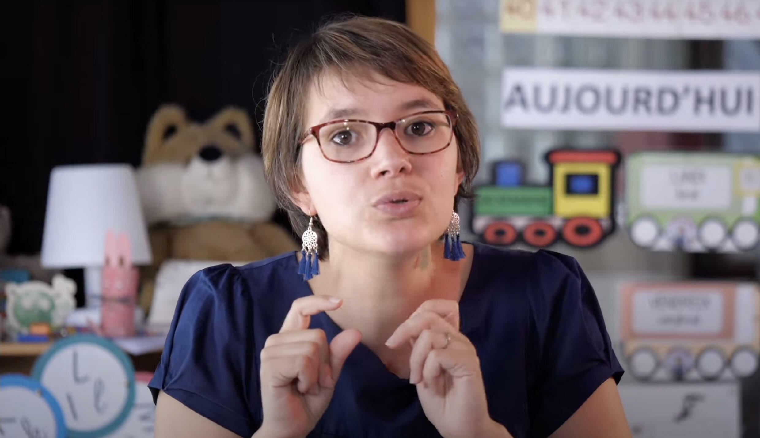 """Marie-Solène Letoqueux, the mistress who """"goes live"""" and hits the mark on YouTube"""