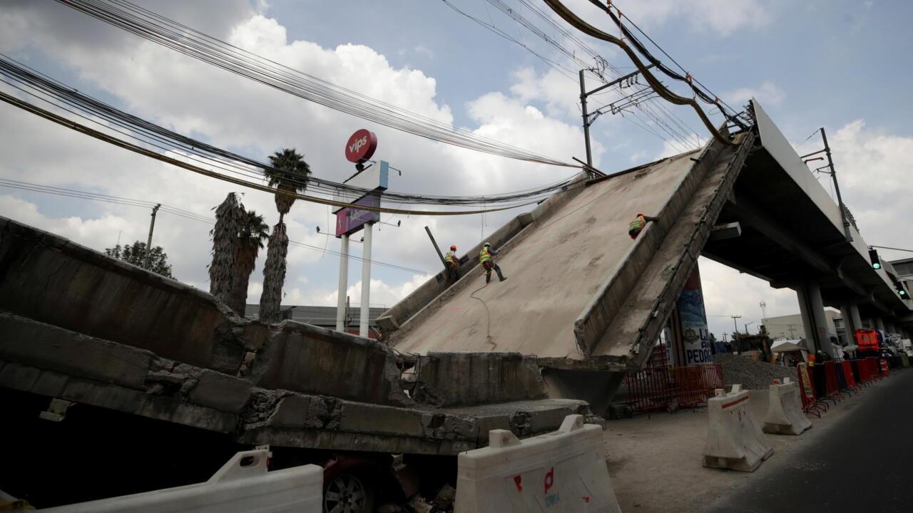 Investigation into Mexico City metro crash blames 'structural flaws'