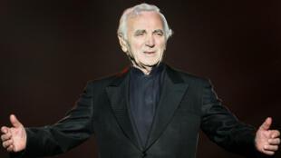 Charles Aznavour lors du festival d'été de Québec, le 6 juillet 2008.