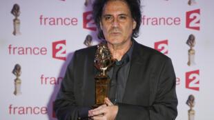Le scénariste Eric Assous lors de la 27e cérémonie de remise des prix du théâtre français Molières le 27 avril 2015 au théâtre des Folies Bergère à Paris