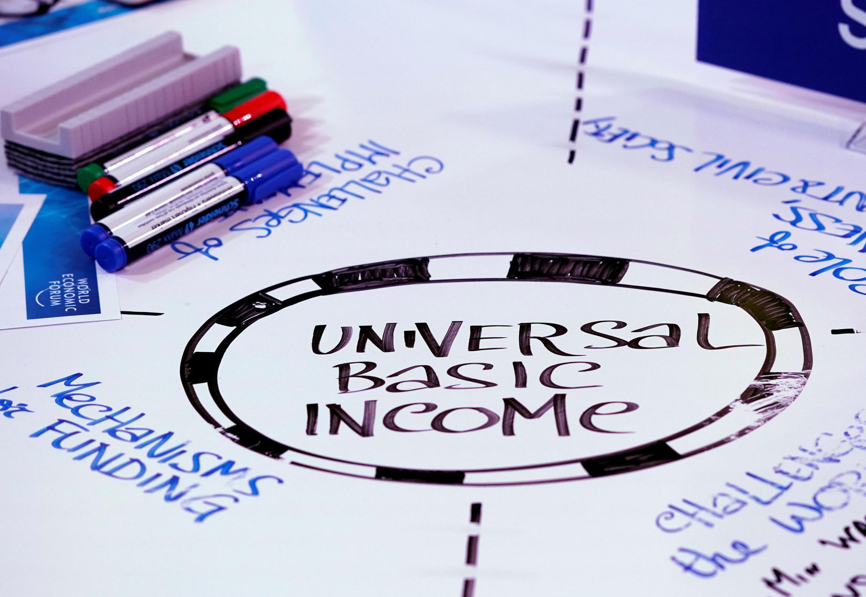 En Allemagne, plus de 120 personnes vont recevoir, à partir de février 2021, un revenu de base de 1 200 euros mensuel pendant trois ans.