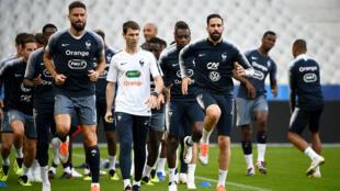 Les joueurs de l'équipe de France s'entraînent au Stade de France avant le match contre les Pays-Bas, le 8 septembre 2018.