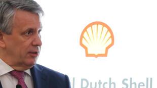 Ben van Beurden, director general de Shell, informa de los resultados anuales del gigante de hidrocarburos Royal Dutch Shell el 31 de enero de 2019 en Londres