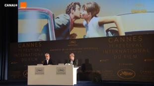 Thierry Frémaux et Pierre Lescure pendant la conférence de presse du Festival de Cannes 2018, le 12 avril.