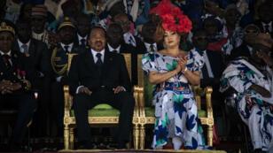 Le président sortant Paul Biya accompagné de sa femme lors d'un metting le 29 septembre 2018. Âgé de 85 ans, il est au pouvoir depuis 35 ans.