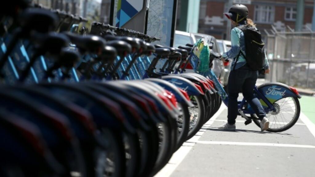 Lyft suspends e-bikes after battery fires