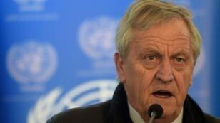 نيكولاس هايسوم المبعوث الجديد الخاص للسودان للعمل مع الاتحاد الأفريقي لحل الأزمة، خلال مؤتمر صحافي في كابول في 14 شباط/فبراير 2016