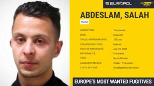 Salah Abdeslam, soupçonné d'avoir participé aux attentats du 13 novembre, est toujours en fuite.