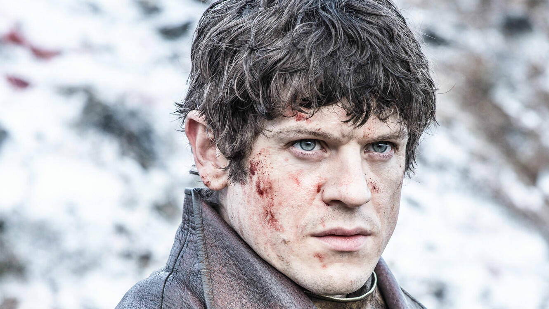 "Iwan Rheon, alias Ramsay Bolton dans ""Game of Thrones"", incarne Adolf Hitler à la télévision britannique."