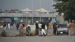 Les manifestants islamistes bloquaient l'accès routier à Islamabad.
