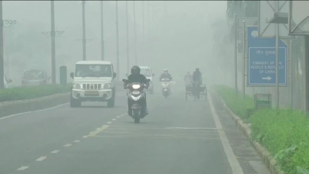 2019-11-04 14:03 India smog: New Delhi hit by record pollution levels
